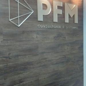Materiais para fachada comercial